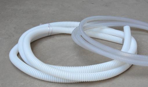 """它可以以材质命名为""""聚四氟乙烯PTFE软管"""",也叫铁氟龙管"""